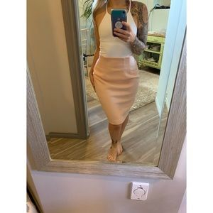 Small, Vintage high waisted peachy pink wool skirt